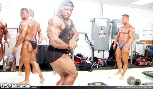 2007 NPC National Bodybuilding Championships Men's Pump Room Part 2