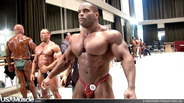 2009 IFBB PBW Tampa Pro Bodybuilding Championships Men's Pump Room