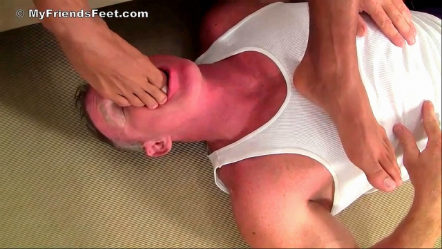 Angelo's Size 11 Bare Feet Worshiped