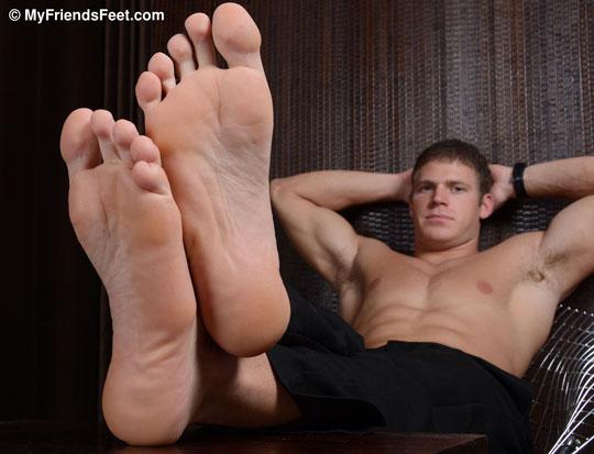 Viggo Shows Off His Dress Socks and Sexy Feet