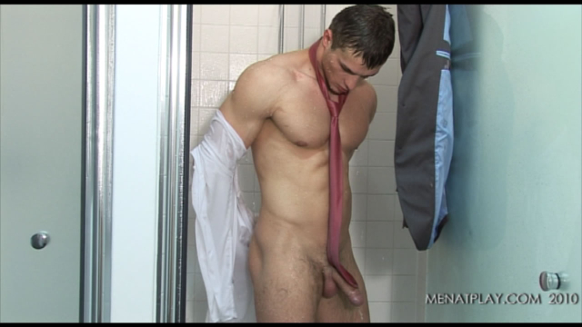 MenAtPlay Patrik Shower