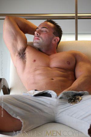 Hadyn_Taggert_Nude_Bodybuilder30