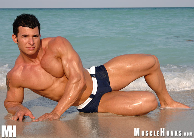 MuscleHunks Tony Da Vinci