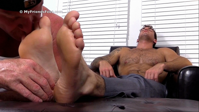 Chases-first-foot-worship-6