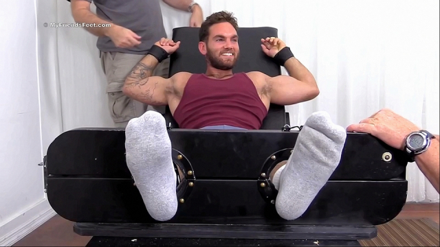Muscle-cub-chase-tickled-3