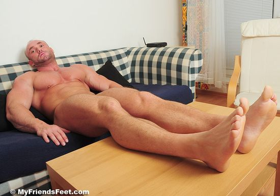 Dorian's Wide Size 10s In White Socks and Bare 77