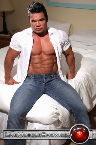 Live Muscle Show Hunter 01