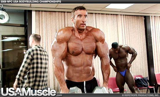 Craig Golias - 2009 NPC USA Bodybuilding Championships Men's Pump Room Part 3