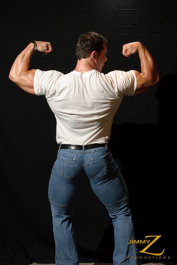 23 Inch Biceps