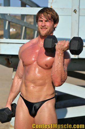 Contest Muscle Derek Duszynski 33