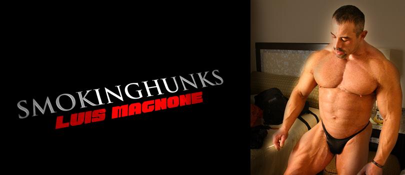 Smoking Hunks Luis Magnone