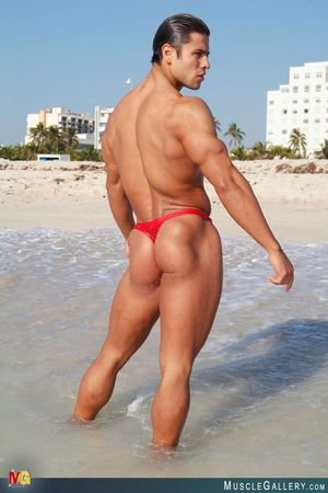MuscleGallery Ricardo Delgado-11p8