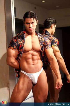 MuscleGallery Ricardo Delgado-13p1