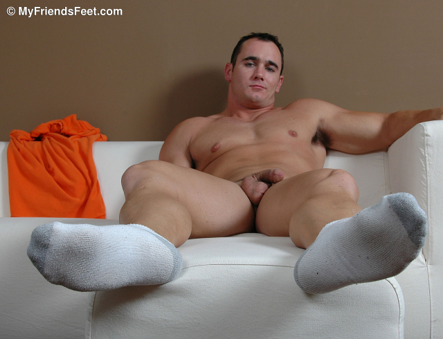 Ace Hanson's Size 12 Feet While Nude_036