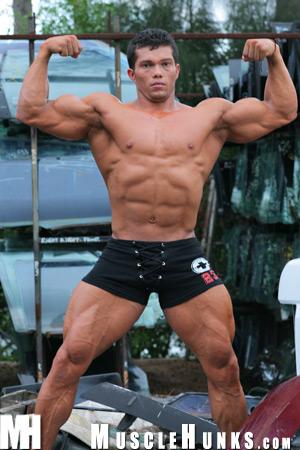 MuscleHunks Angel Cordoba