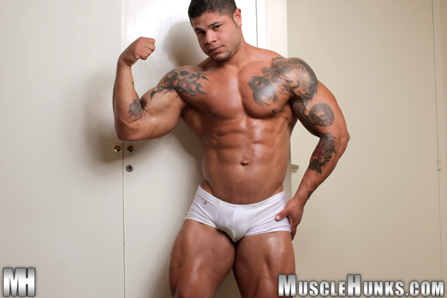 MuscleHunks Bo Armstrong