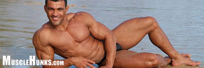 MuscleHunks Franco Ferrara