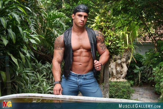 MuscleGallery Samuel Vieira