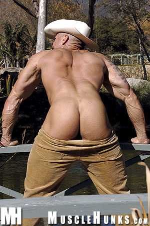 MuscleHunks Vin Marco 07