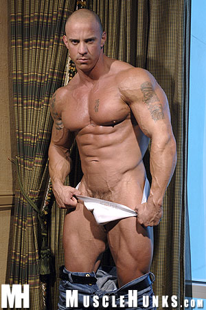 MuscleHunks Vin Marco 09