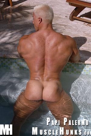 MuscleHunks Papi Palermo