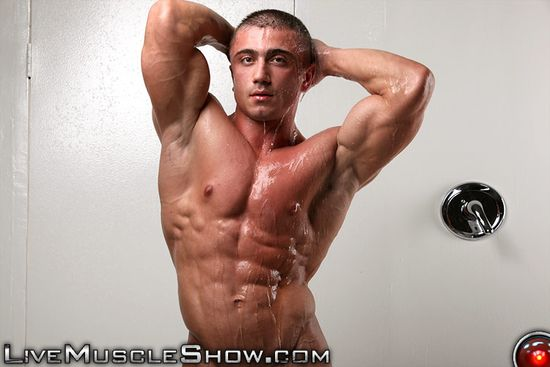 LiveMuscleShow Laurent LeGros