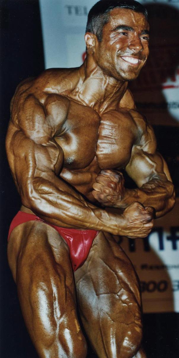 Eduardo Correa - 2002 NABBA Universe