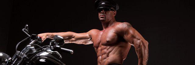 MuscleHunks Eddie Camacho