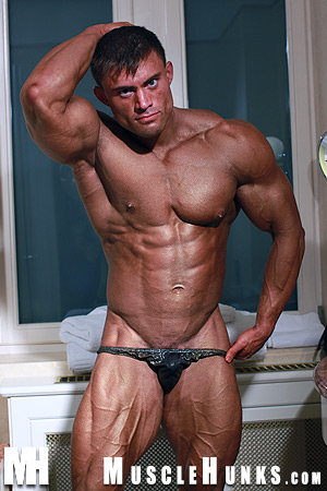 MuscleHunks Rocky Remington