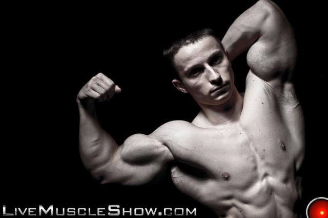 Live Muscle Show Pavel Nikolay
