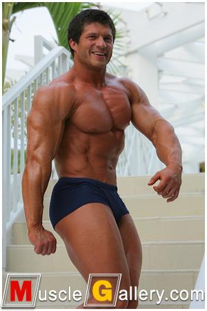 MuscleGallery Arkady Zadrovich