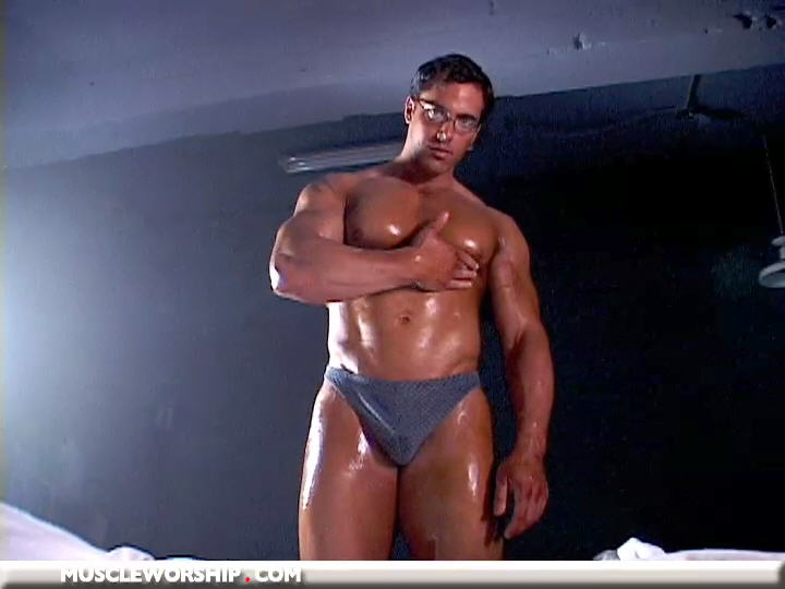 Franciscosoriano_muscleworship_08