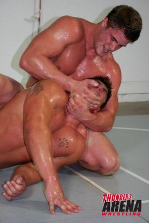 Battle_of_the_Male_Models_STL_vs_UNO_UNO_STL_037