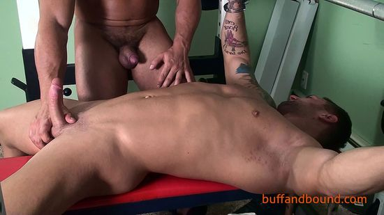 MuscleBoundandWorshipped_007