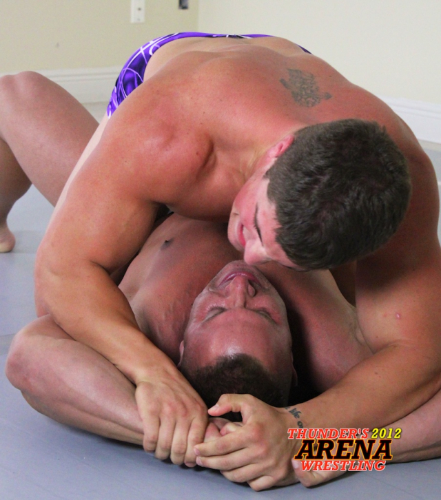 Muscles_vs_Dominic__IMG_7474 25