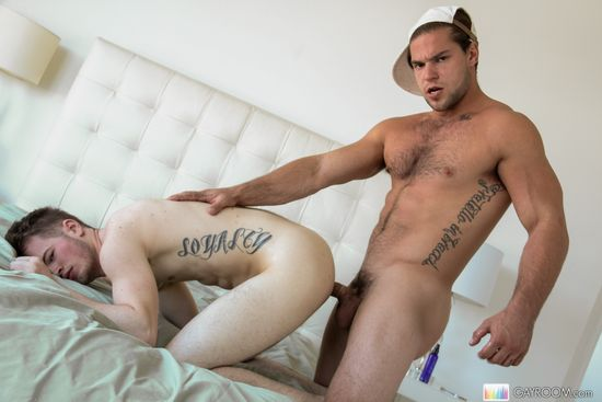 Robb Johnson & Aspen in Hard Hookup