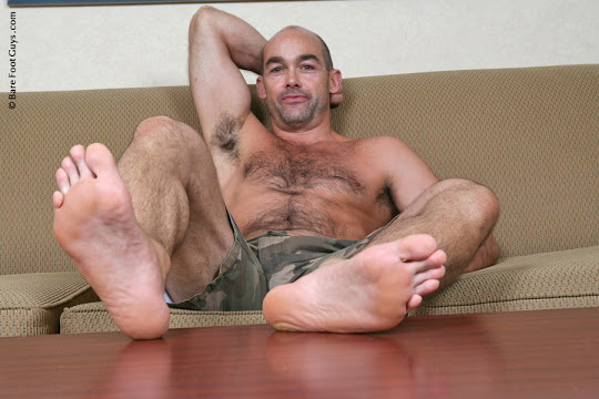 Bare Foot Guys Nick B