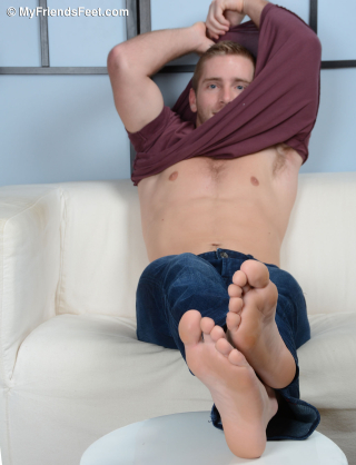 Scott Riley in Flip Flops and Bare Feet_044