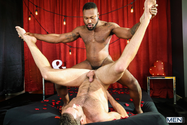 16 Alex Mecum and Noah Donovan in Dirty Valentine Part 2