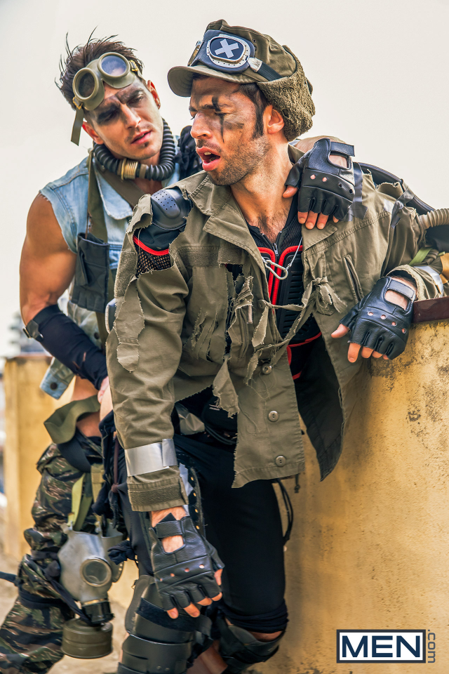 17 Dario Beck and Paddy O'Brian in Apocalypse Part 3