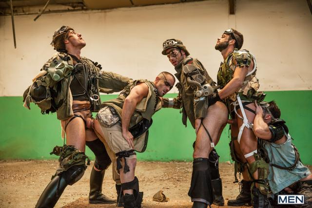 19 Damien Crosse, Dario Beck, Hector De Silva, Jay Roberts, and Paddy O'Brian in Apocalypse Part 4