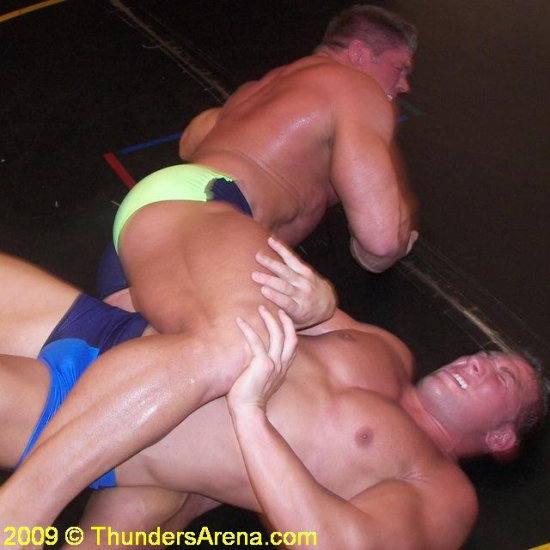 Johnny_Bravo_vs_Joey_Meatball_gallery_JohnnyBravovsMeatball116