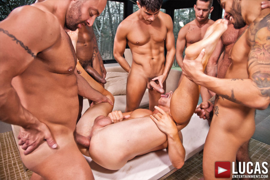 LVP176_04_Athens_Frost_Isaacs_Torres_Carreras_Stallone_Rod_10