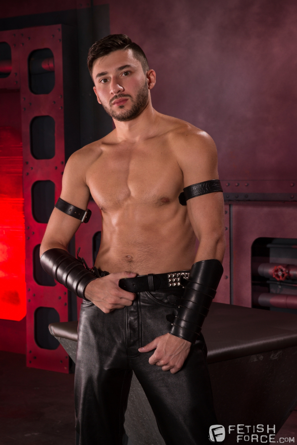 gay video Bodybuilders sex