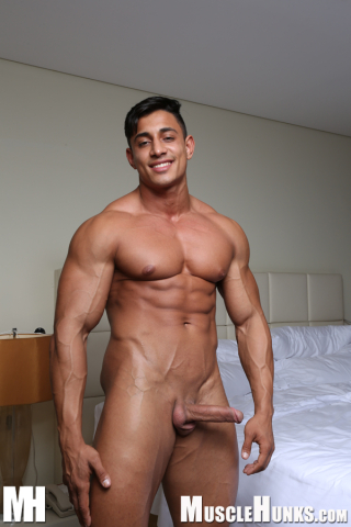 MuscleHunks Angel Alberto