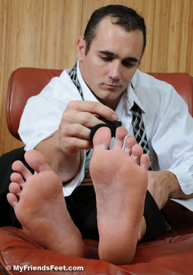 Ace's Sheer Socks & Size 12 Bare Feet