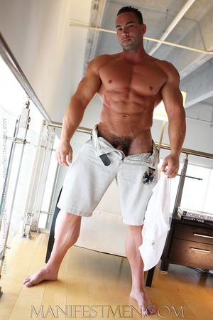 Hadyn_Taggert_Nude_Bodybuilder25