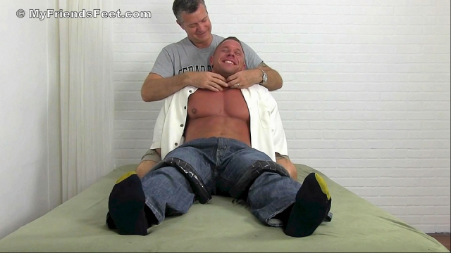 Richie_tickled_naked_4