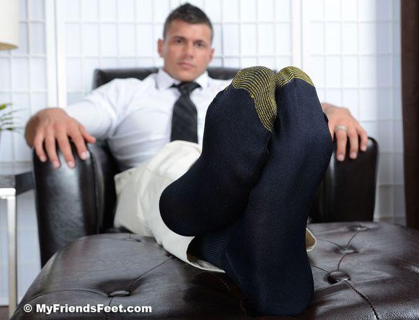 black gay man with foot fetish