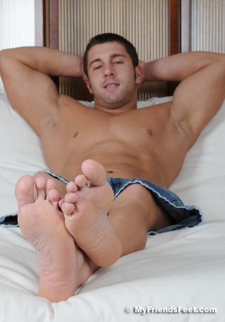Tad's Size 12 Bare Feet 041